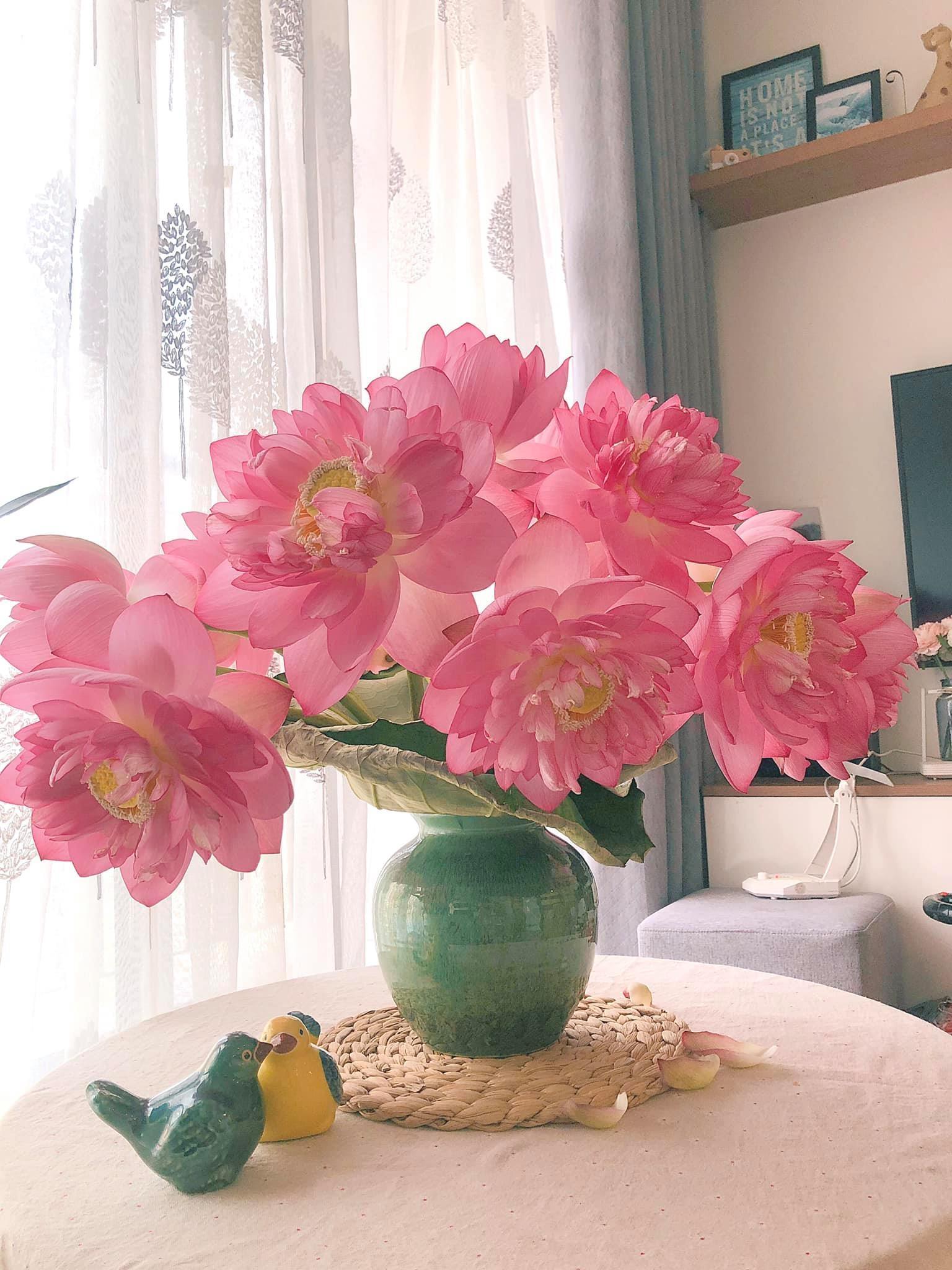 Recipe: Lotus petals spring rolls