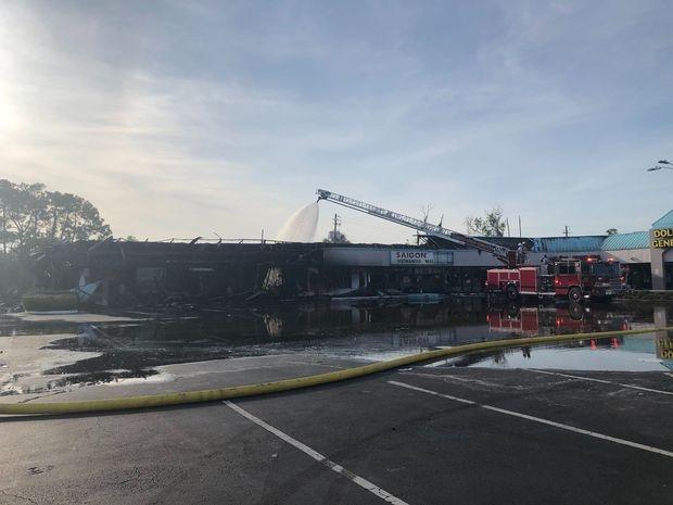 riots in america gofundme started for vietnamese restaurant burned down