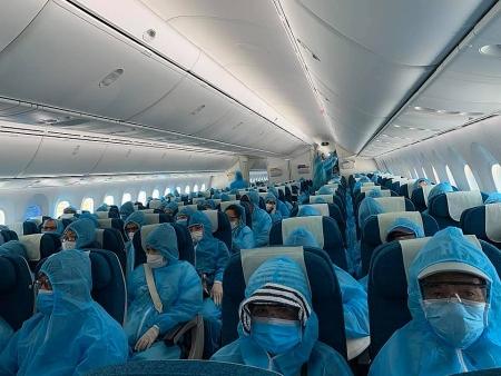 Vietnam arranges another flight to repatriate citizens from Japan