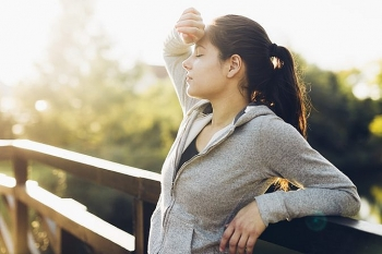 tips to stay away from heatstroke this summer