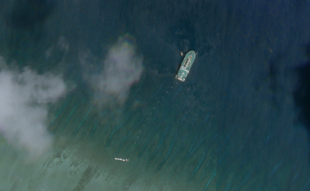 satellite images show chinas illegal working on undersea cables in vietnams hoang sa paracel islands