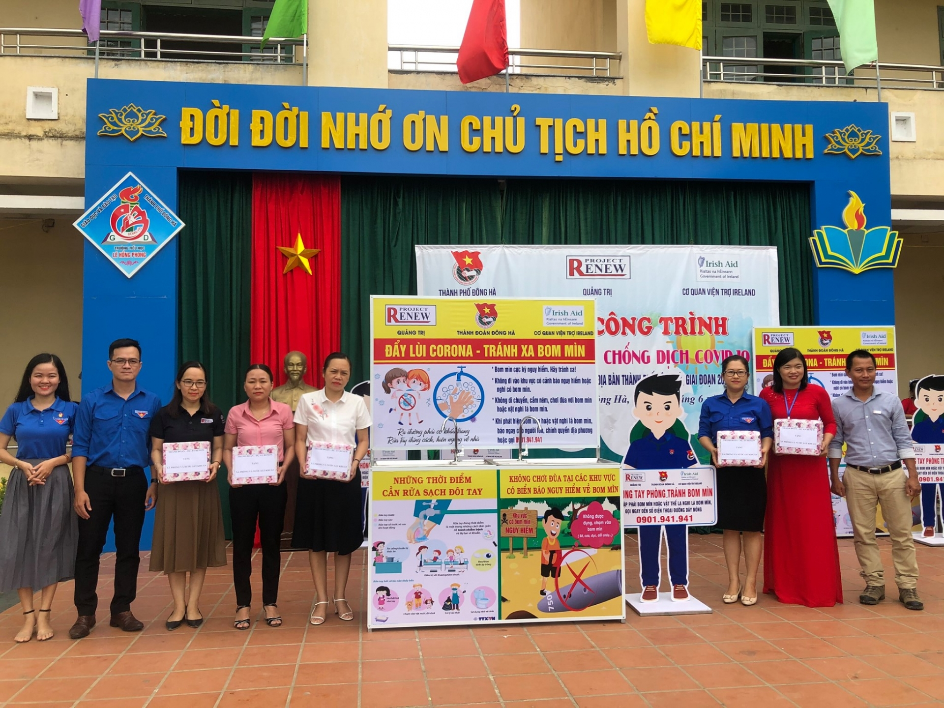 project renew equips five school in quang tri with portable washbasins