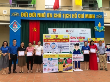 project renew equips five schools in quang tri for protection and prevention