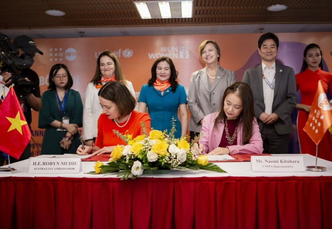 Australia, Vietnam join hands to eliminate violence against women, children in Vietnam amid COVID-19