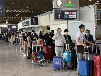 nearly 300 vietnamese repatriated from european countries due to covid 19