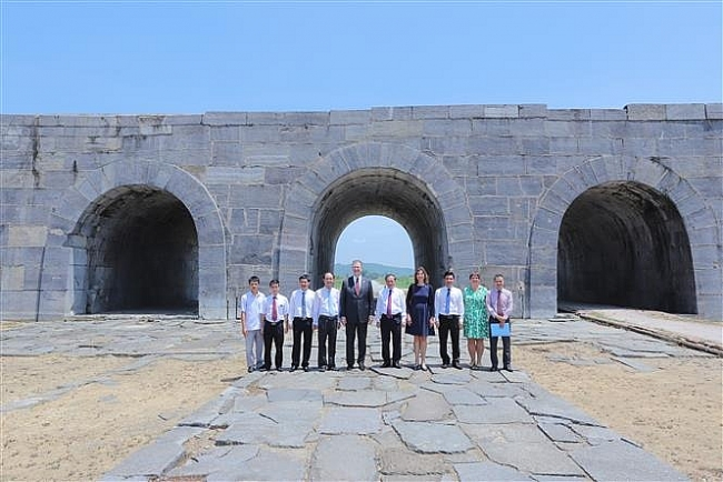 US-funded renovation of UNESCO-recognised Ho Dynasty Citadel gate completed