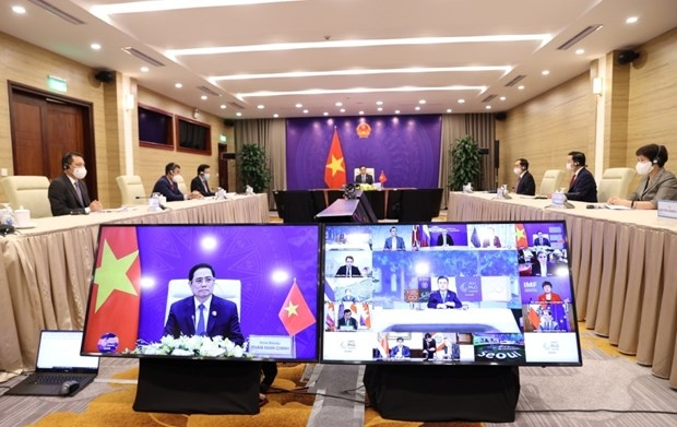 PM proposes six solutions at 2021 P4G Seoul Summit