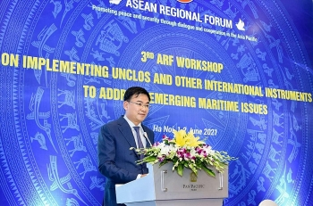 """1982 UNCLOS a """"Constitution"""" of the ocean"""