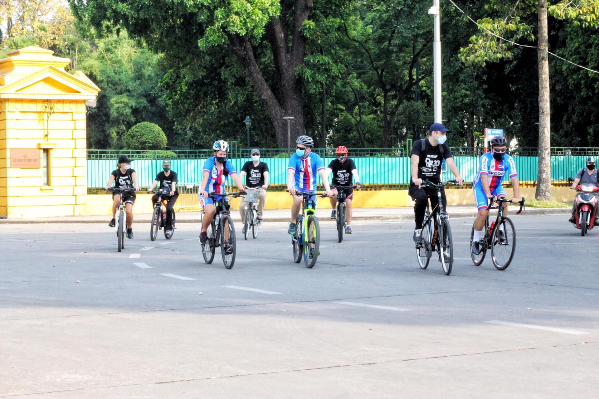 4 Ambassador cycle on World Bicycle Day