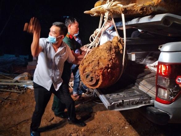 350-kg wartime bomb found near North-South rail line through Quang Binh