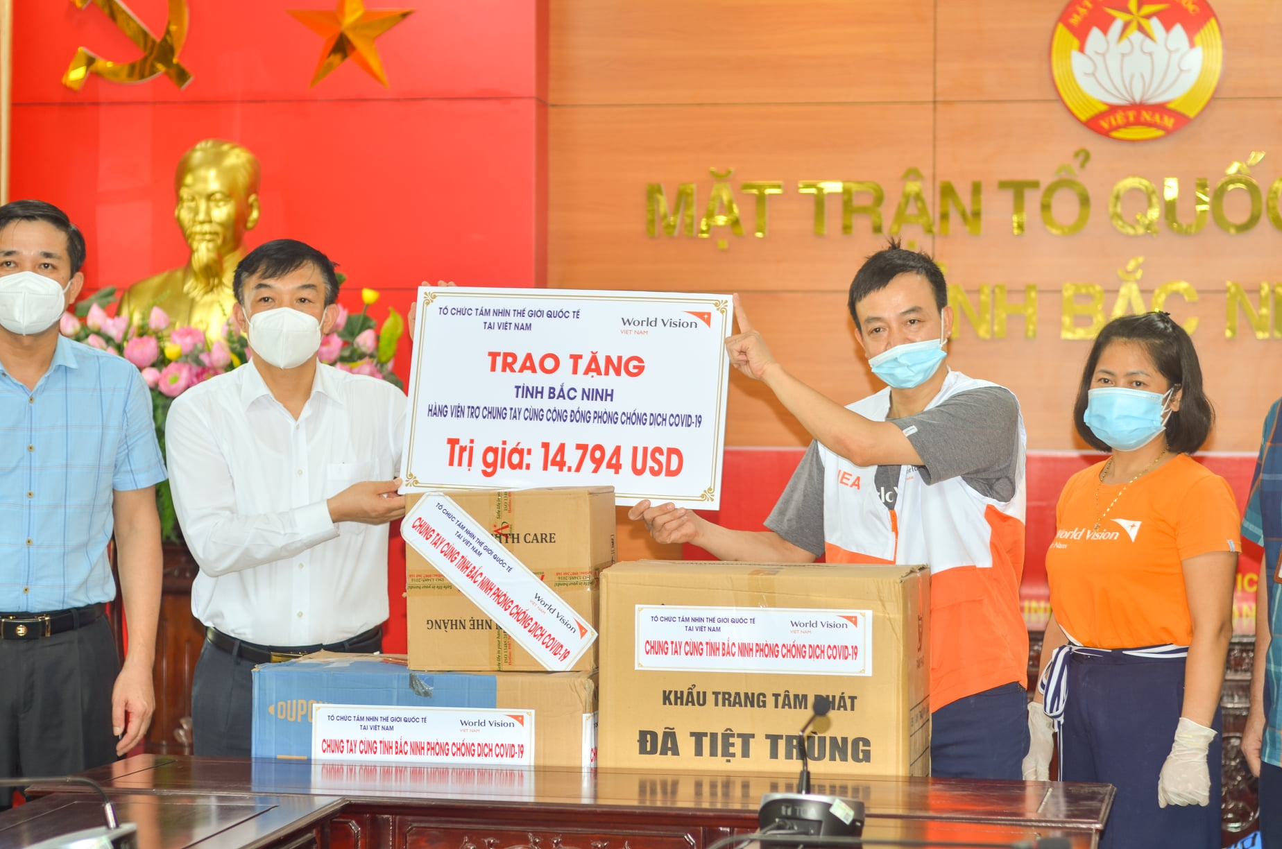 VUFO, NGO supports Covid-19 fight in Bac Ninh