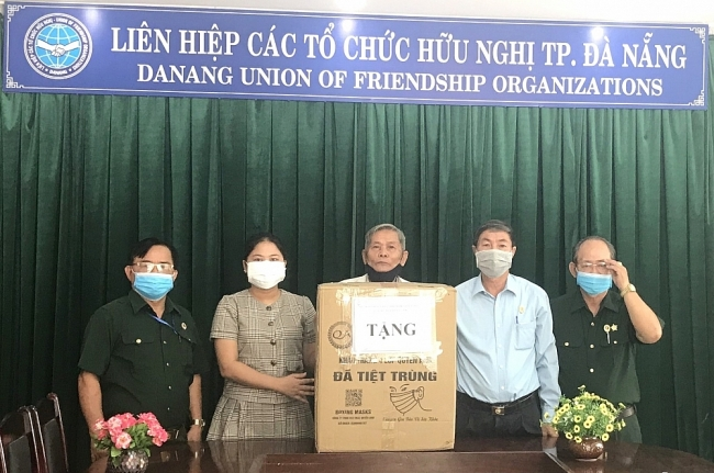 Da Nang's Friendship Association supports Lao's fight against Covid-19