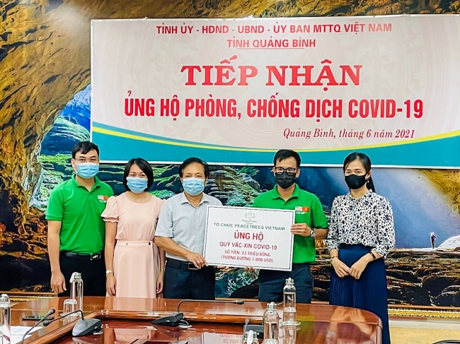 International friends join Vietnam's Covid fight