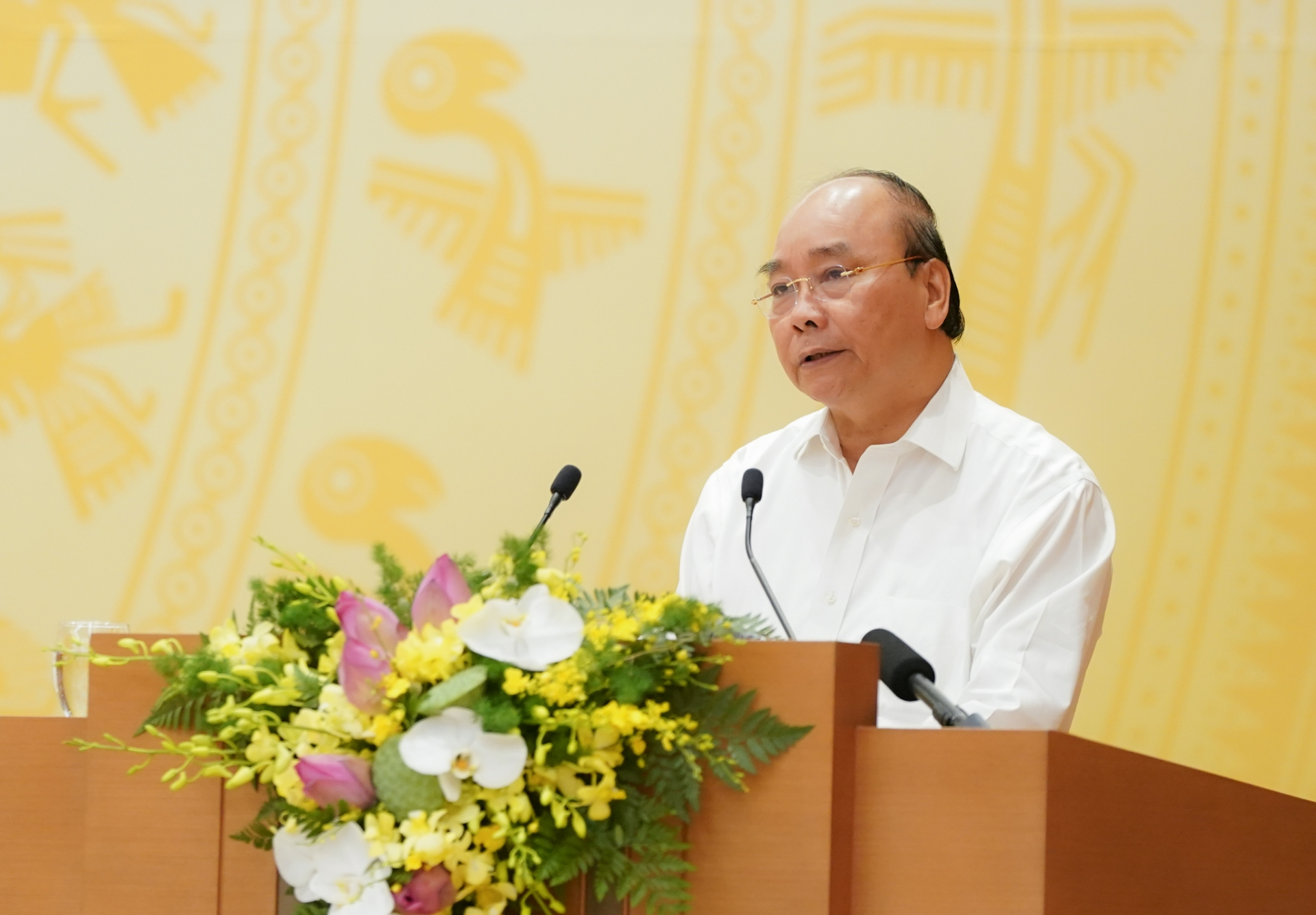 vietnam to concentrate on bringing 14000 citizens home