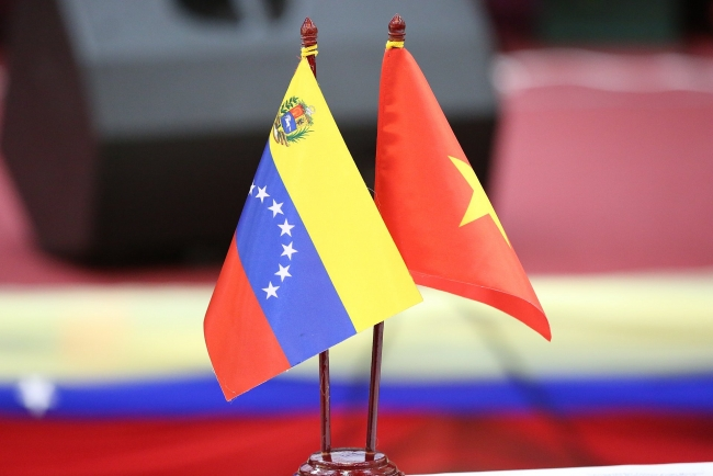 vietnamese leader congratulates venezuela on independence day