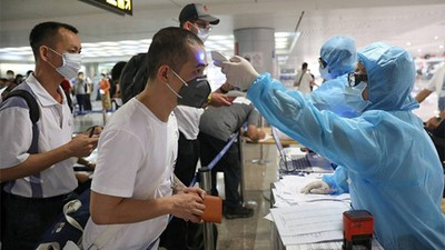 240 passengers from singapore test negative for covid 19