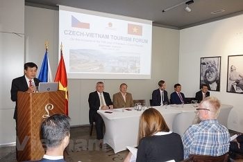 ambassador vietnam appreciates friendship with czech republic