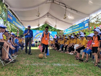 mine risk education integrated summer camp in quang tri