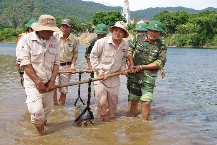 227 kg bomb safely handled in quang binh