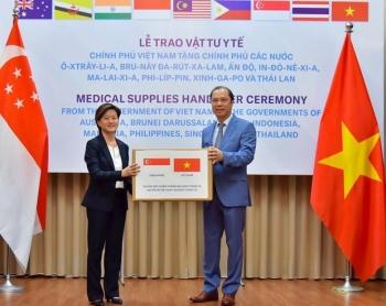 ambassador singapore sees vietnam valuable friend during covid 19