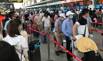 vietnam covid 19 updates july 28 19 foreigners illegally entering hanoi arrested