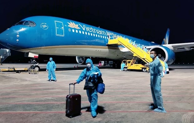 over 500 vietnamese return home from the us taiwan