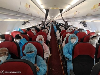 flight brings home over 240 citizens from myanmar as vietnam battling new coronavirus wave