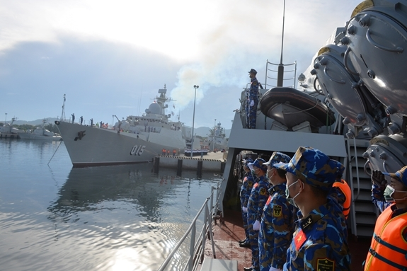 Vietnamese Frigates Depart for Int'l  Army Games 2021 in Russia