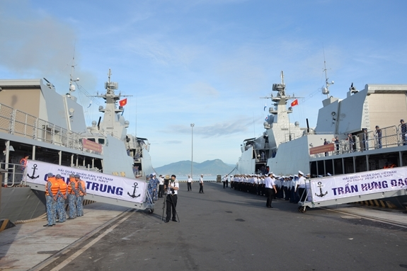Vietnamese frigates depart for Army Games 2021 in Russia