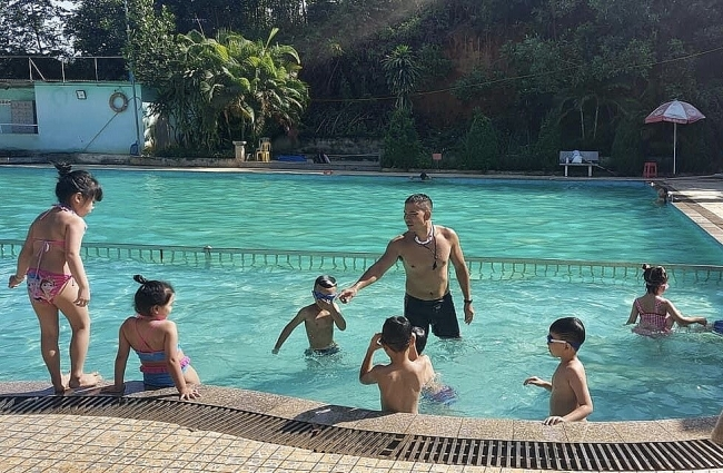 Tuyen Quang City Moves to Prevent Children from Drowning