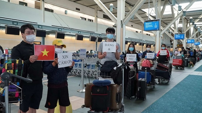 Another flight carries citizens home from Canada, RoK; local spread widens