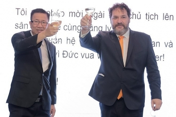 new dean of consular corps want to draw ties between hcm city and the world closer