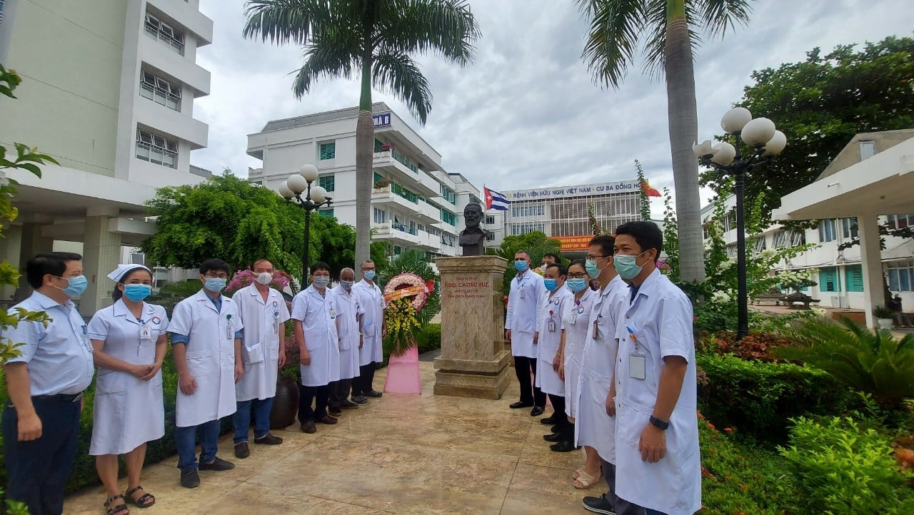 late cuban president fidel castro is remembered in vietnam
