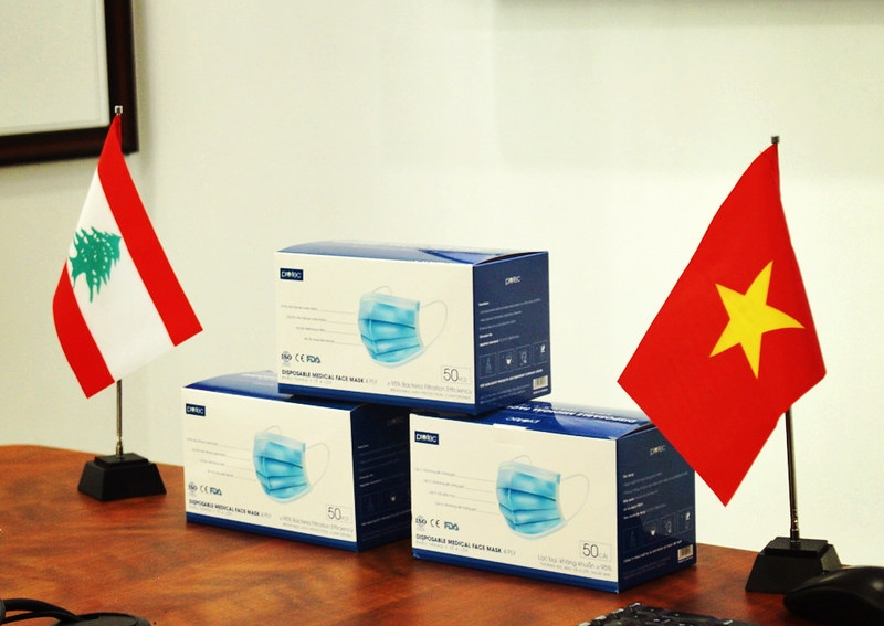 Vietnam-based charity donates 10,000 masks and gloves to hospital in Beirut