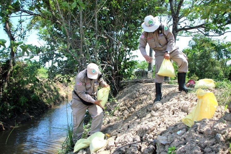 uxos hundreds of explosive ordnance have been safely destroyed in quang tri