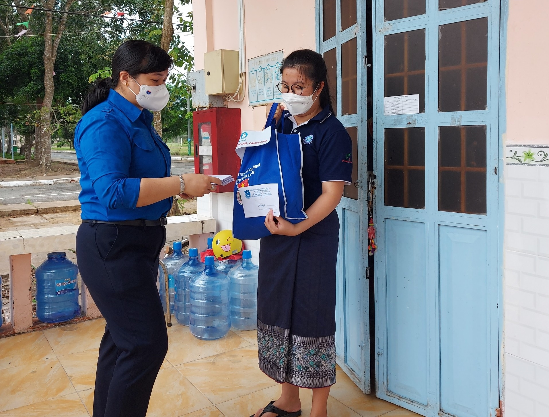 Foreign Students Adjust to New Covid-19 Outbreak in Vietnam
