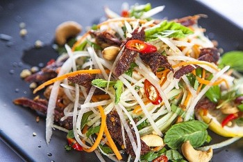 Top 10 Most Popular Salads in the World Can Be Made at Home