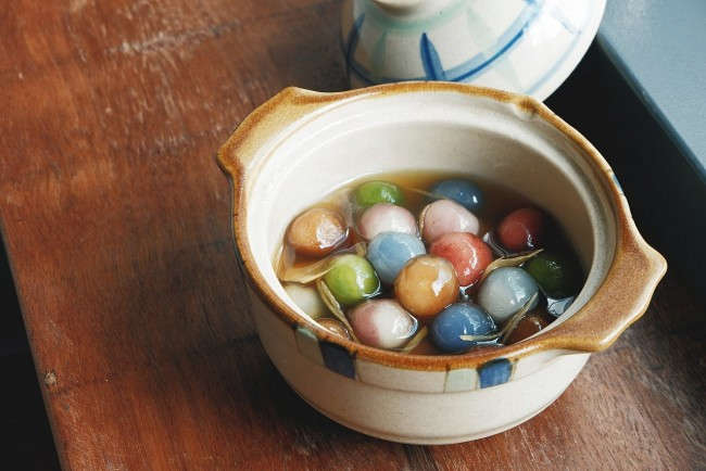 How To Make Che Bot Loc: Clear Tapioca Balls in Ginger Syrup