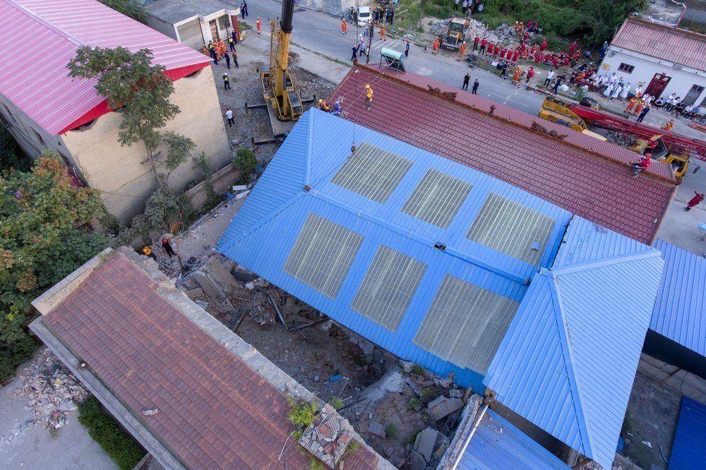 vietnam condolences to chinas building collapse victims