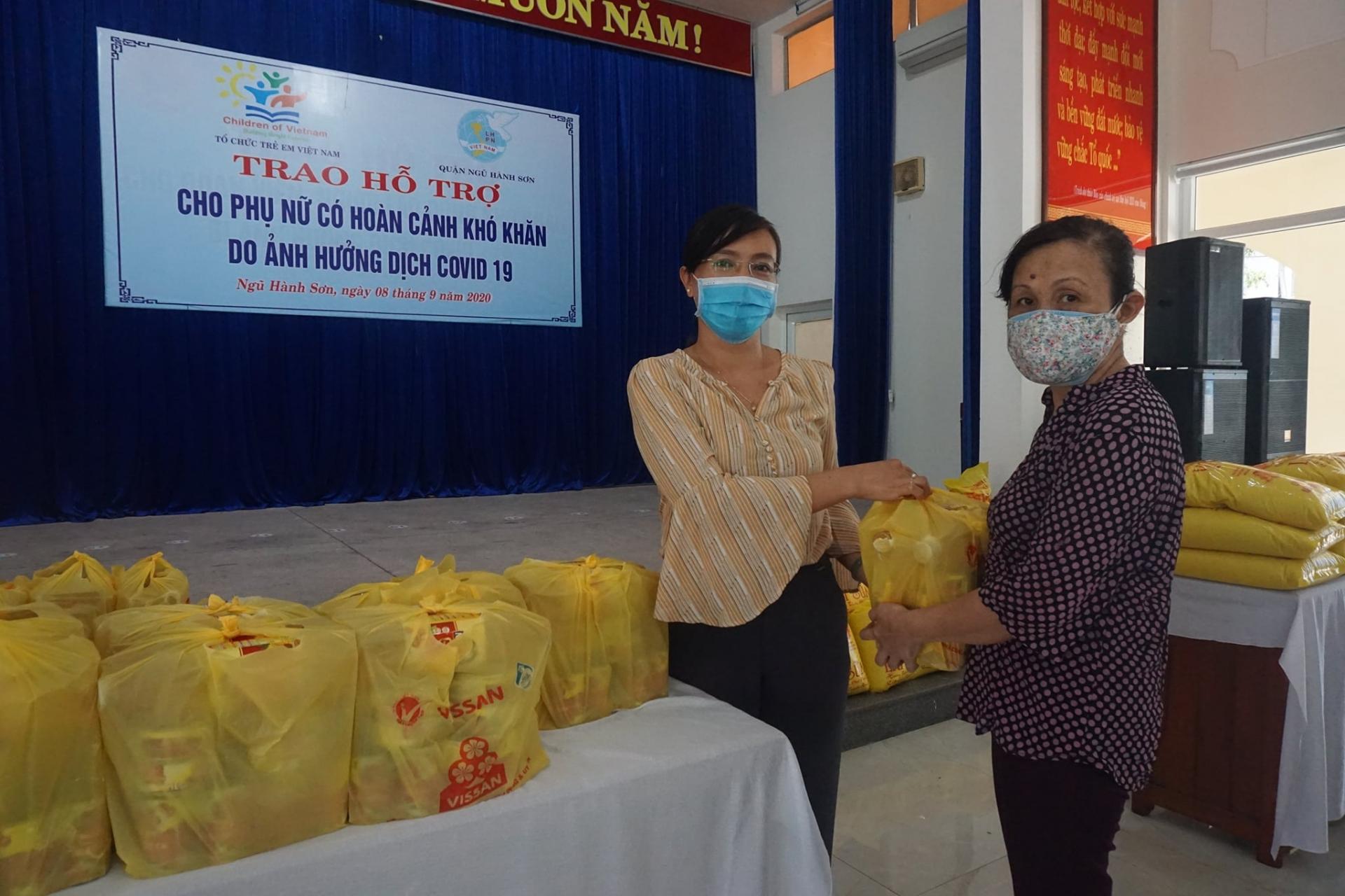 Vietnamese in Italy support Da Nang city's battle against virus