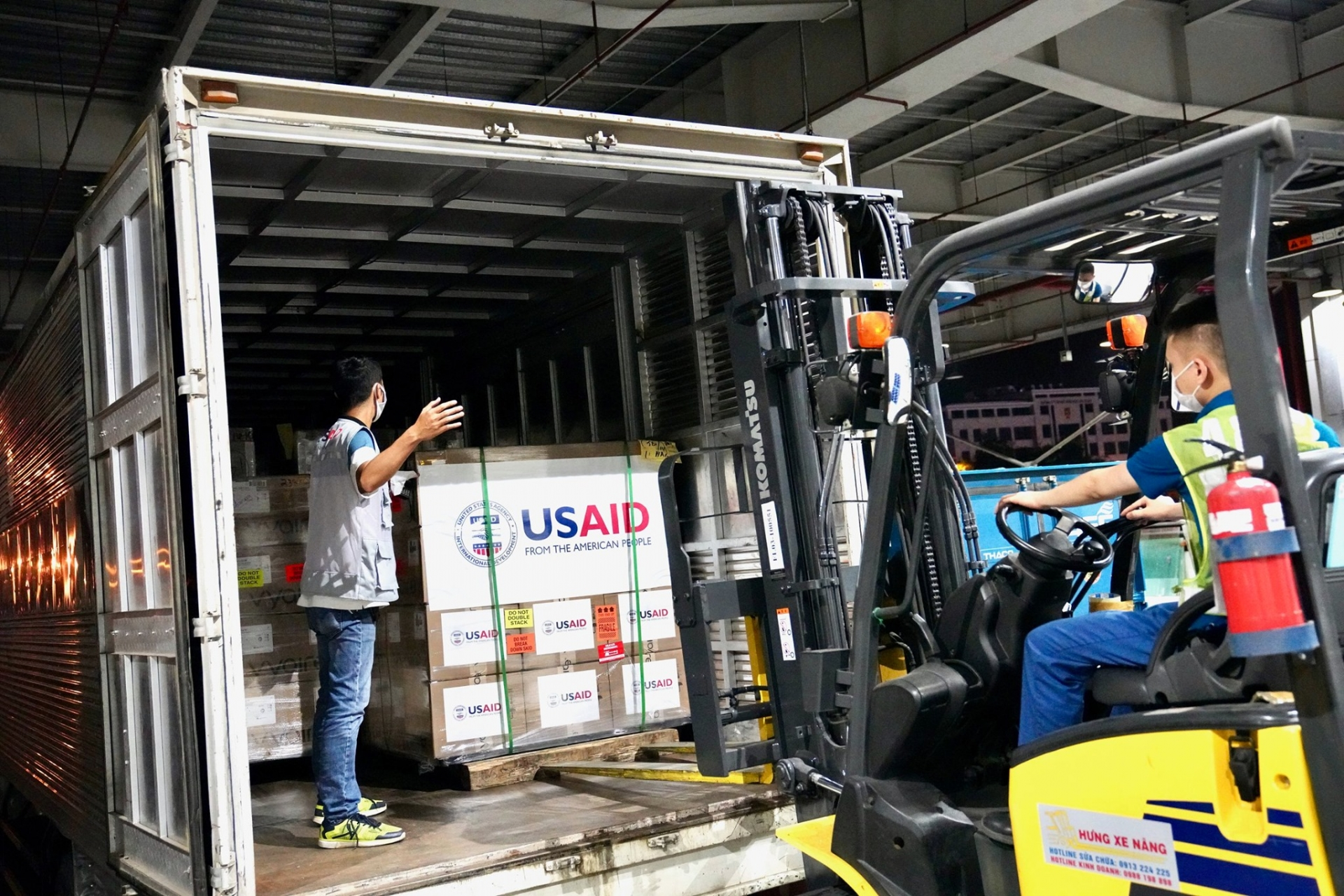 us provides 100 brand new ventilators to vietnam to support covid 19 response