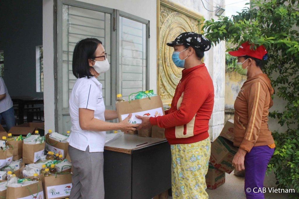 Waste pickers in Da Nang get support amid COVID 19 concerns