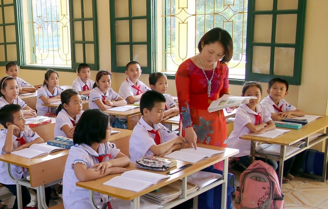 NGO assists Vietnam's north central province tackle violence against children in schools