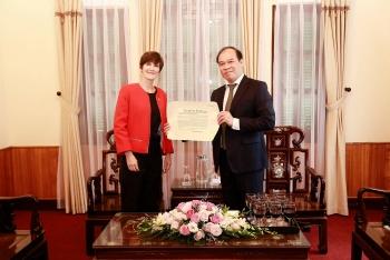 british consul general commences posting in vietnam