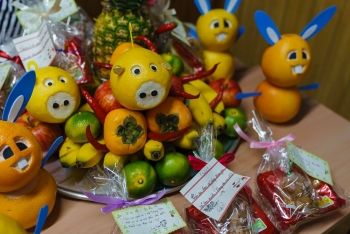 stranded vietnamese in japans prefecture celebrate full moon festival