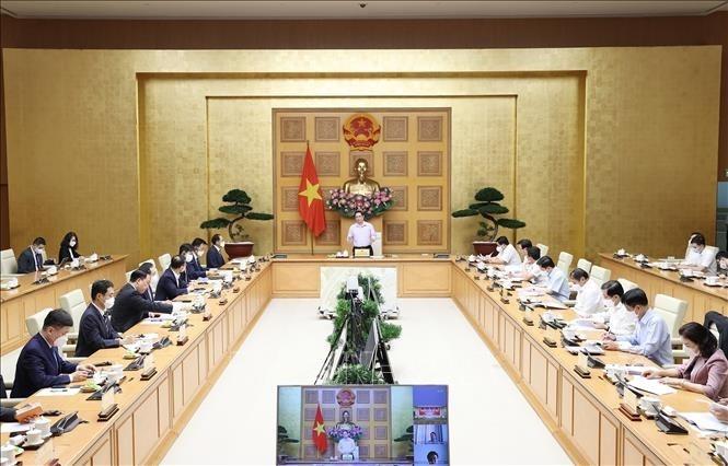 PM asks Korean businesses help Vietnam attract FDI hi-tech projects