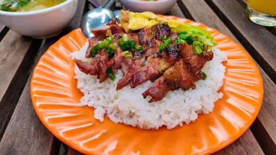 What to eat in Cambodia? The Most Popular Cambodian Dishes