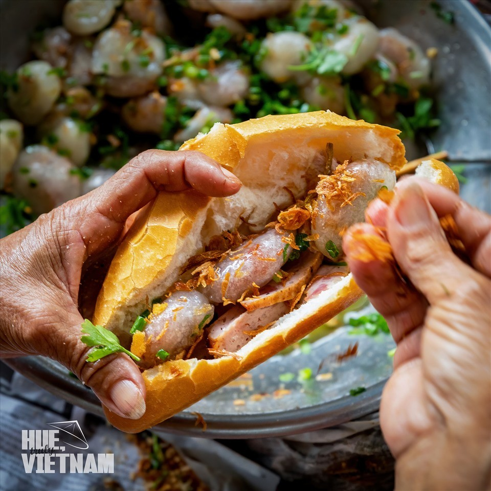 Yummy Must-try Dishes in the Ancient Capital of Vietnam