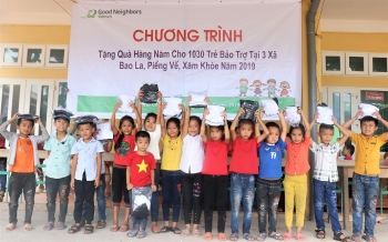 over 10000 sponsored children received annual gifts from roks ngo