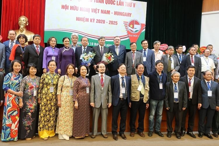 Vietnamese Hungarian Friendship Association holds fifth congress